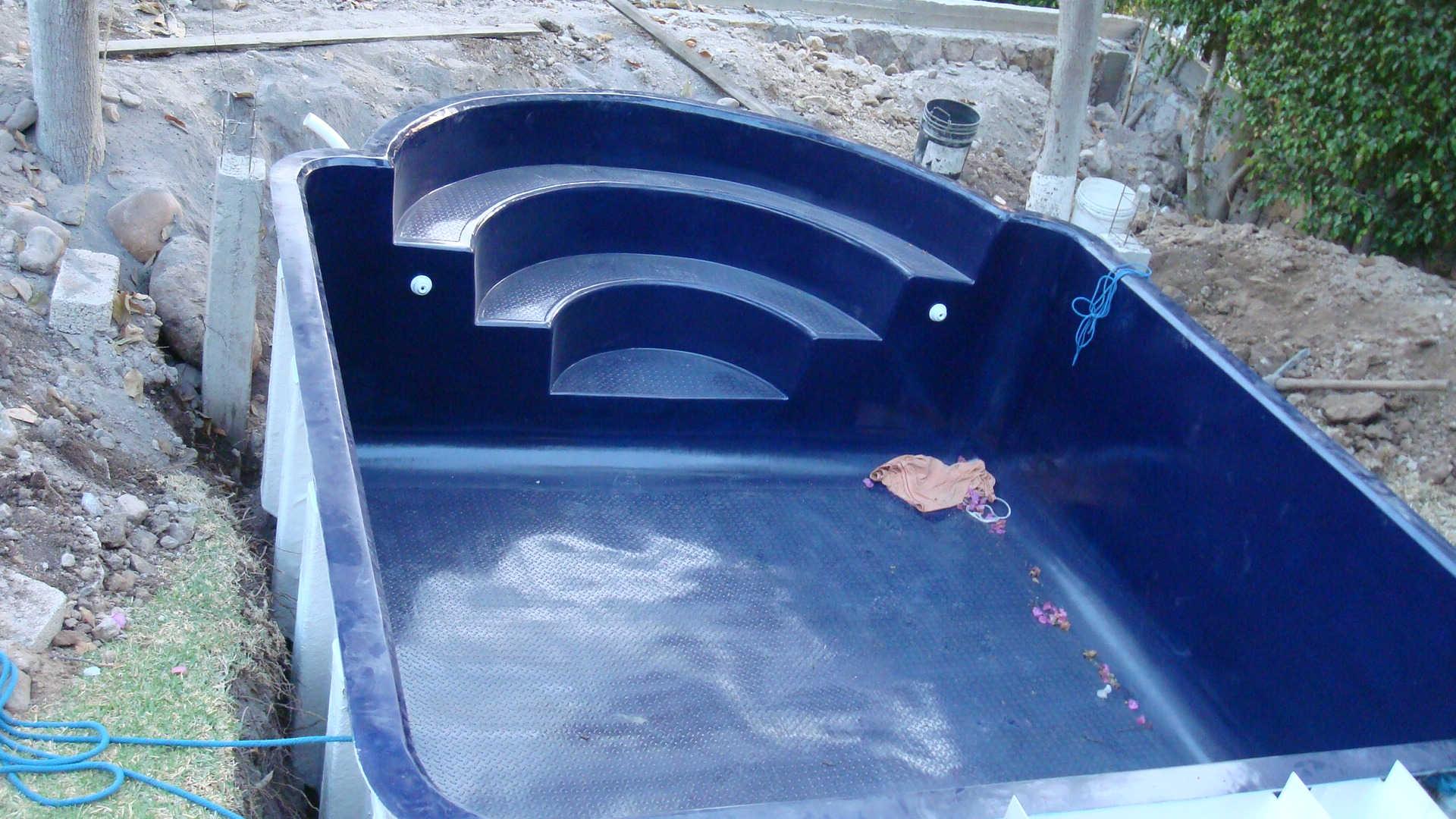 Instalacion de una piscina de fibra tattoo design bild - Instalacion piscina ...