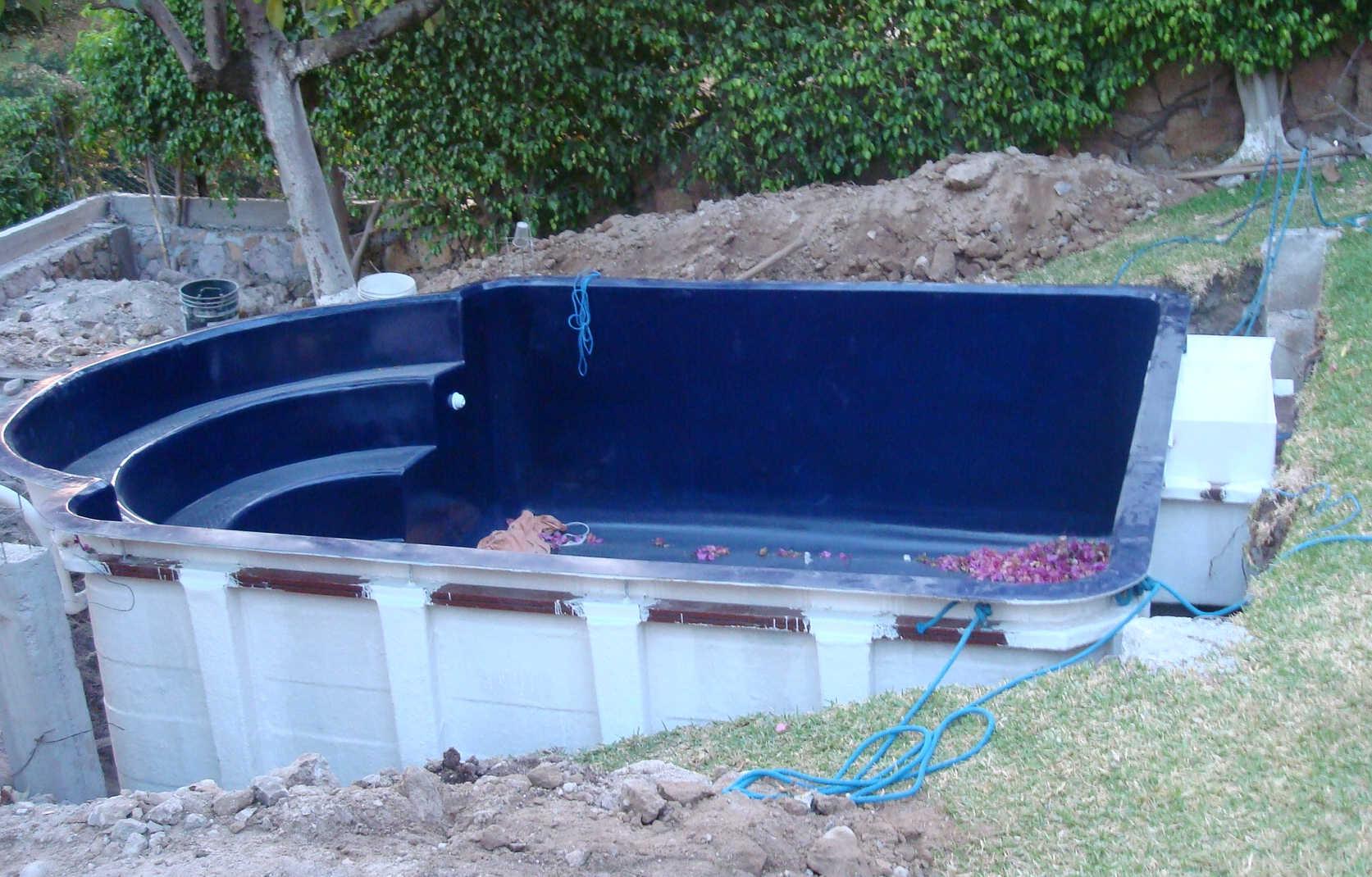 Proceso de instalaci n de una alberca prefabricada en for Albercas economicas
