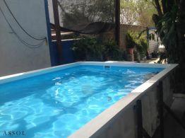 Albercas en Azul y Blanco